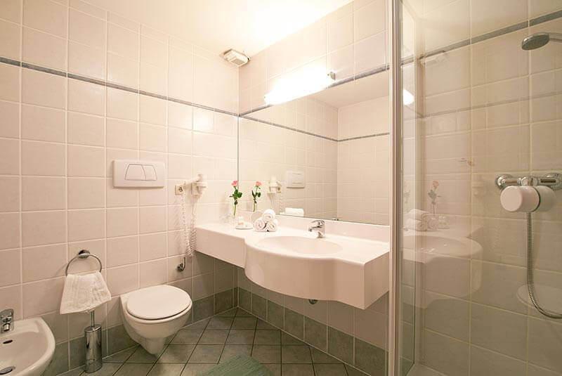 Le nostre camere in val pusteria prezzi hotel hofmann - Web cam bagno maddalena ...